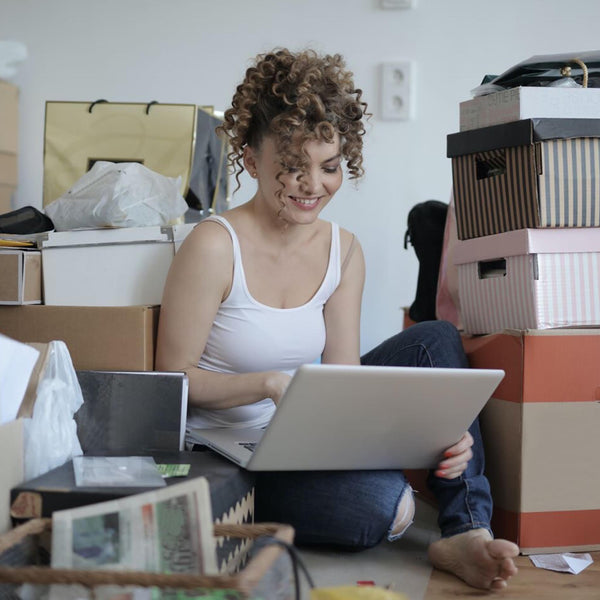4 Simple Strategies to Make Letting Go of Clutter Easier