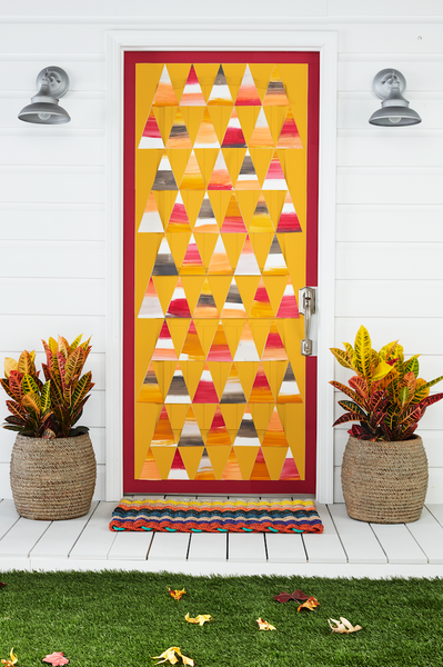 5 Easy DIY Halloween Door Decorations
