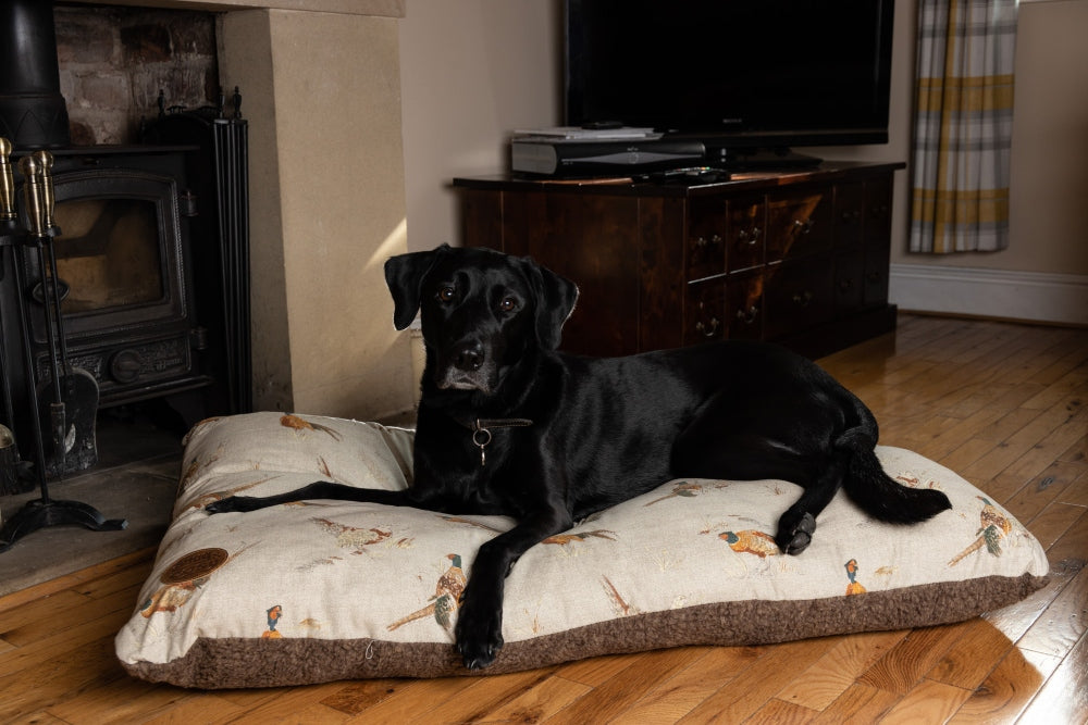Pheasant Design Deluxe Dog Cushion Bed