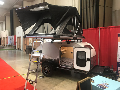 "High Country Series 55"" Rooftop Tent"