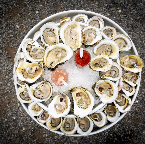 Holiday Oyster Platter (36 pieces) - LITTLE CREEK OYSTER FARM & MARKET