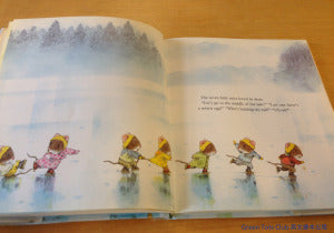 7littlemice havefunontheice-inside p