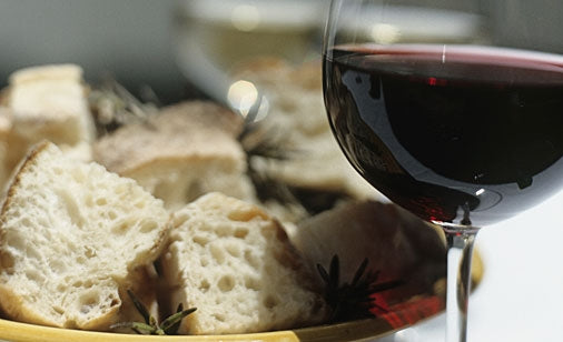 Wine and bread... what more do our oils need?