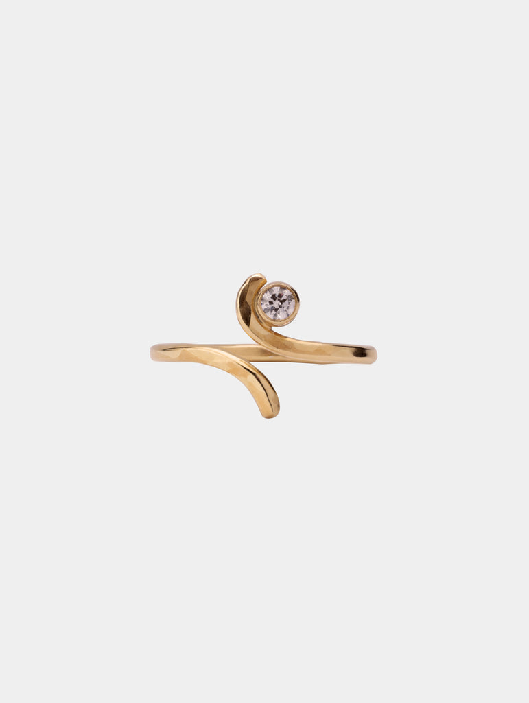 Open Wave Ring with Stone Gold