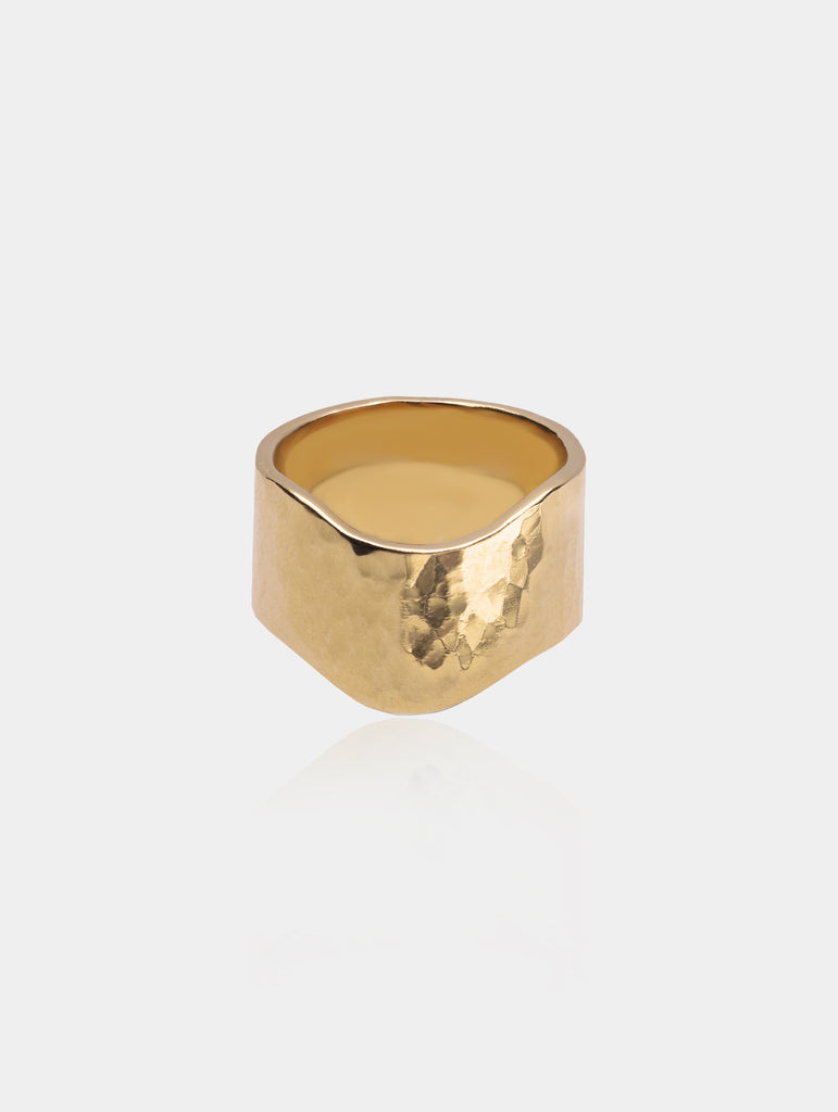 Wide Wave Ring Gold