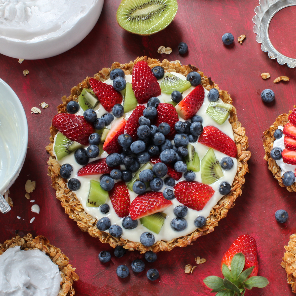 Granola yogurt fruit tart (vegan & gluten-free)