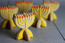 Load image into Gallery viewer, Standing Menorah Cutter Set