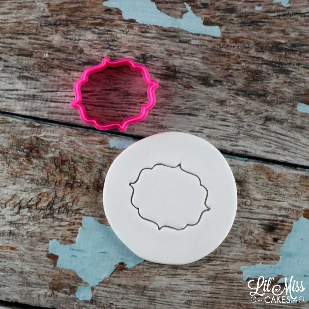 Robyn Plaque Cutter | Lil Miss Cakes