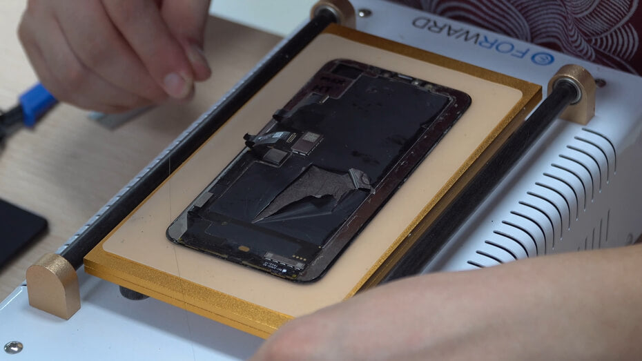 Restore iPhone Xs and Xs Max with CEO-2 plus OCA Laminating Machine