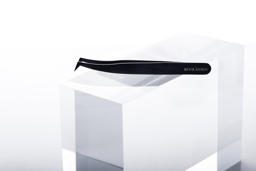 Néo Mega Volume Tweezer