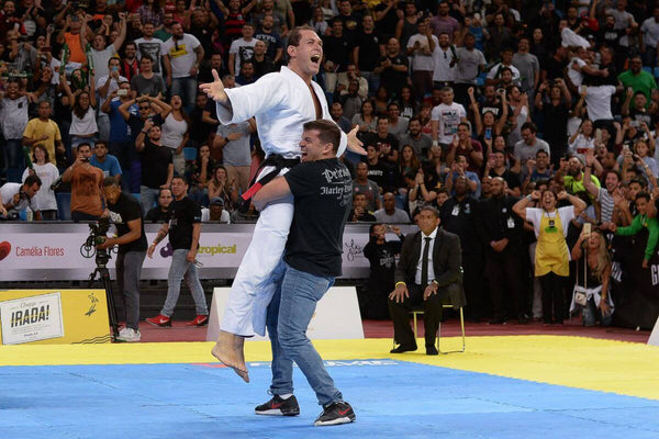 roger gracie defeats buchecha at gracie pro