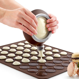 1set Silicone Macaron Kit Kitchen DIY Macaron Baking Set with 48 units Macaron Sheet Mat +1PC Batter