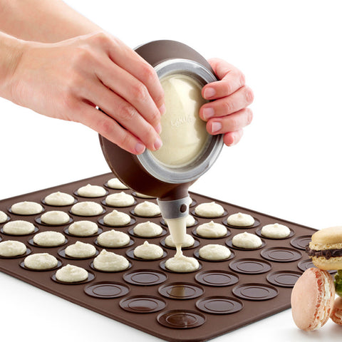 Silicone Macaron Kit Kitchen Baking Set 48 units Macaron Sheet Mat +1 PC Batter Pot