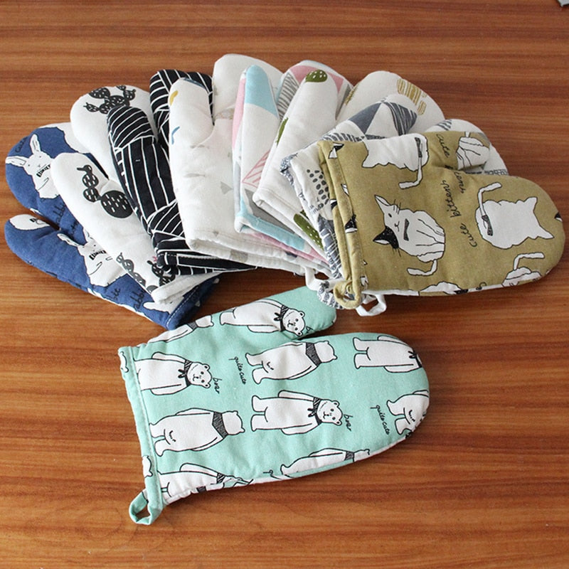 2019 New Arrive Cute Cartoon Print Microwave Glove Potholder Bakeware Oven Mitts And Potholders