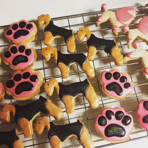 3D Dog Paw Bone Cookie Cutter Cake Footprint Shape Decorating Fondant Cut Tool Cookies Muffin Molds Kitchen Cake Tool