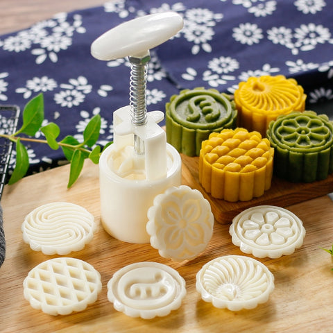 50g 75g 100g all kinds of Mooncake Mold Set DIY Mooncake Tools Plastic Pastry Cake Plungers Hand