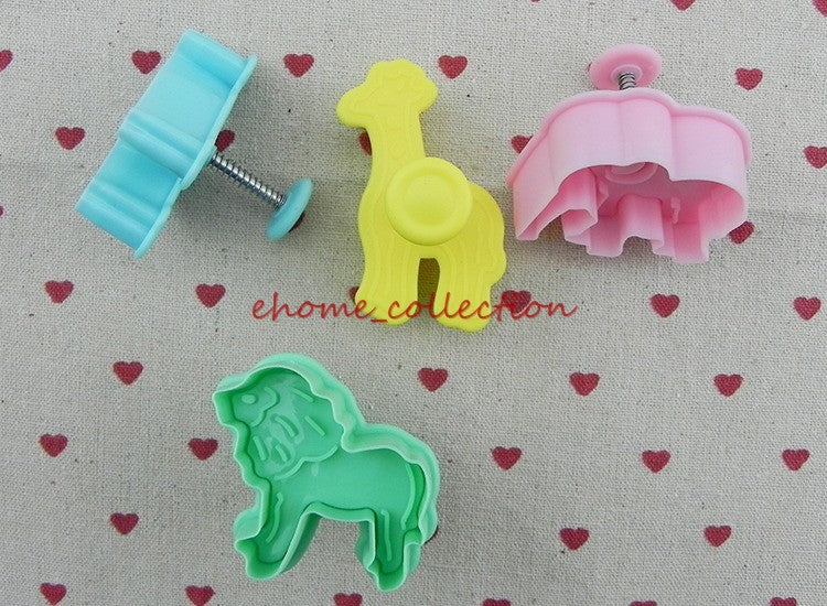 Cartoon Baking Mould Biscuit Mould Cute Animal lion giraffe zebra  Shape Cookie Biscuit Cutter