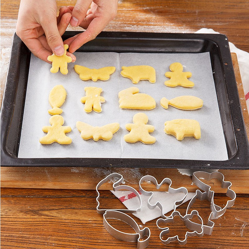 Christmas Cookie Cutters Stainless Steel Cute Animal Candy Shape Biscuit Mold DIY Fondant Pastry