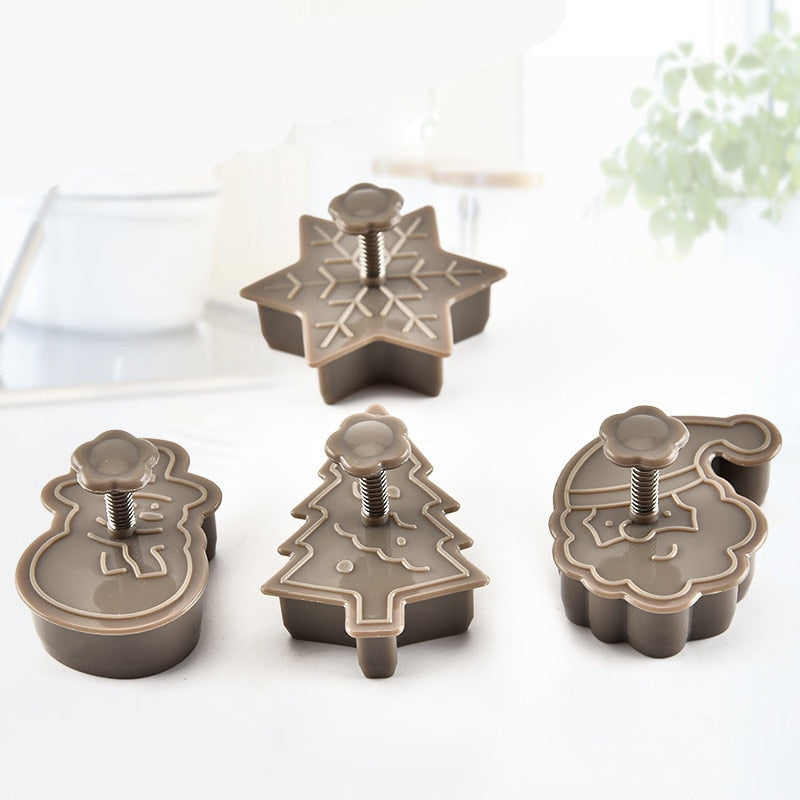 4pcs Christmas Tree Snowman Plastic Baking Mold Kitchen Biscuit Cookie Cutter Pastry Plunger