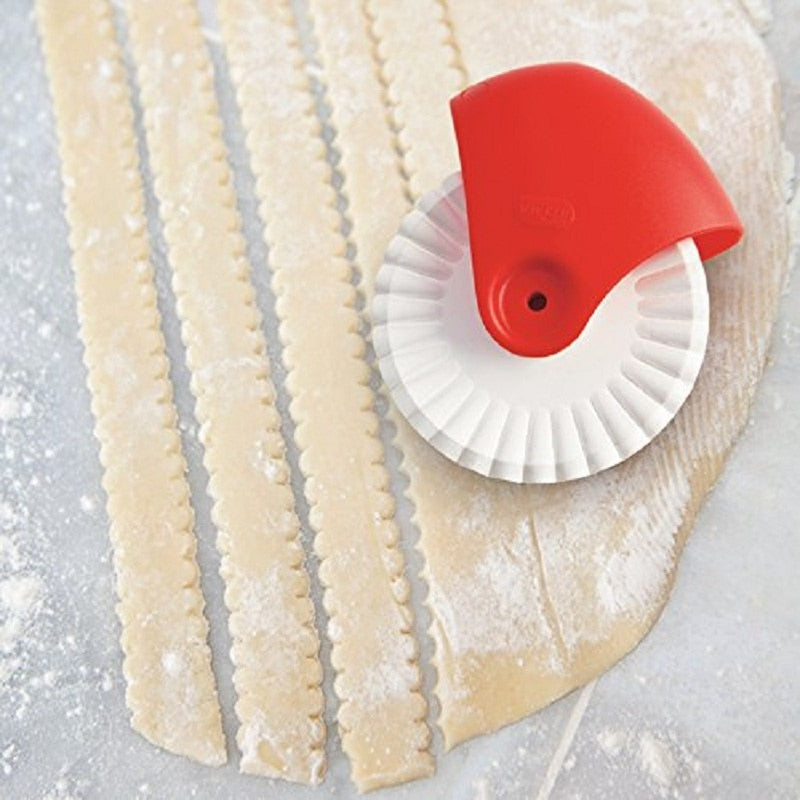 Urijk Pastry Pie Decor Cutter  Pizza Pastry Lattice Cutter Plastic Wheel Roller For Pizza Pastry Pie