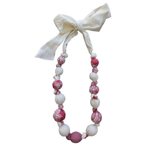 Necklace - Strawberries & Cream Cotton Pretty | Daisy&Moose