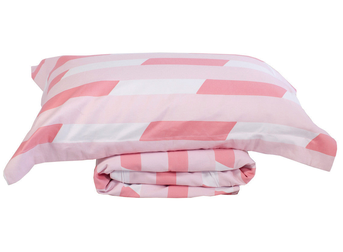 Bed Throw and Pillowcase set Milkshake Piggy  | One Kind