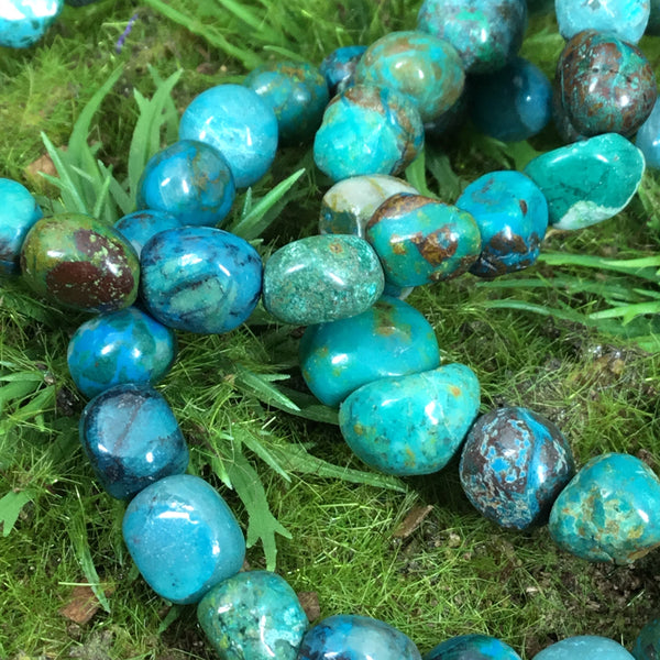 chrysocolla bracelet close up of beads