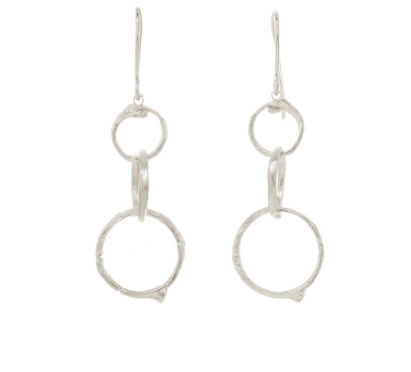 Catherine Weitzman: GRADUATED BRANCH CIRCLE EARRINGS in Silver