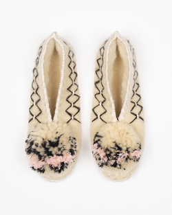 Give a pom Sofia handmade slippers