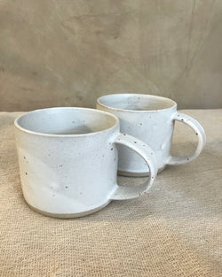 HOMEFOLK CERAMICS FRECKLED STONEWARE MUG