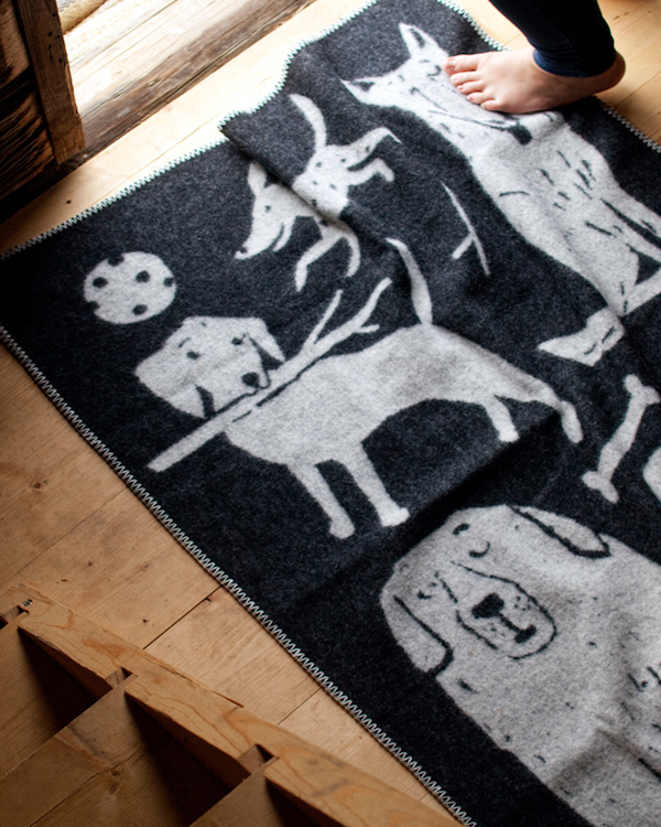 100% WOOL LUXURY DOG THEMED BLANKET