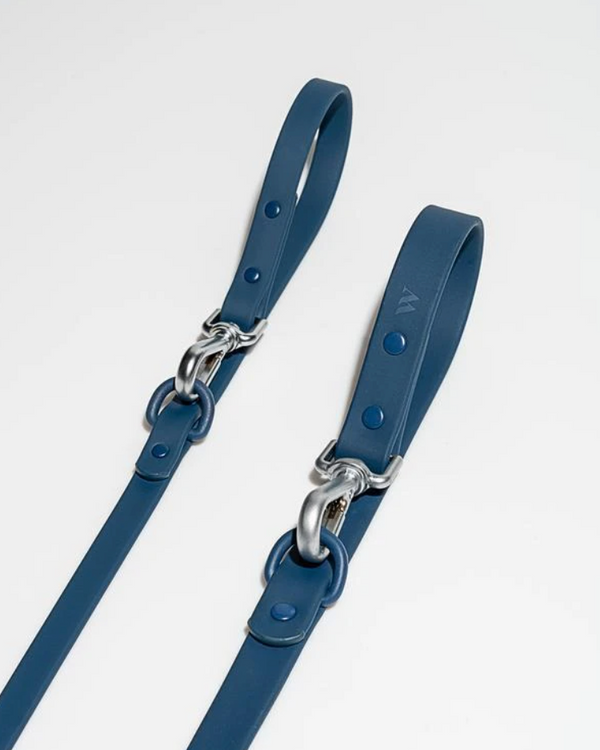 WILD ONE WATERPROOF 3-WAY LONG LEAD NAVY BLUE