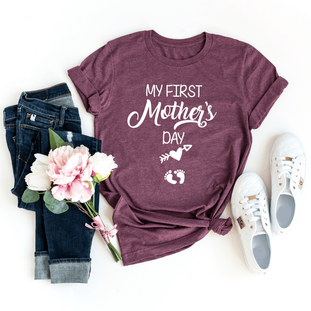 My First Mother Day Arrow Shirt First Mothers Day Shirt Mom to be Pregnancy Shirt Baby Shower Gift Pregnancy and Mommy to be Outfits, Heather Maroon