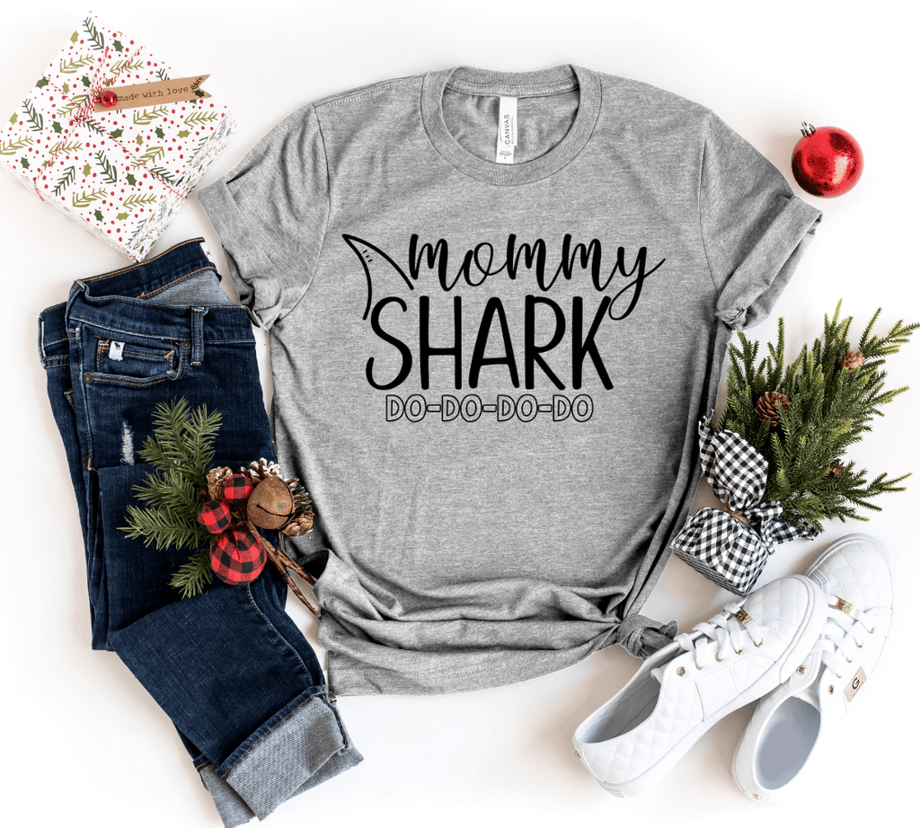Christmas Family Shirts, Mommy and Me Shirts, Matching Family Shirts, Mommy Daddy Baby Shark, Mommy and Me Outfits Shark Family