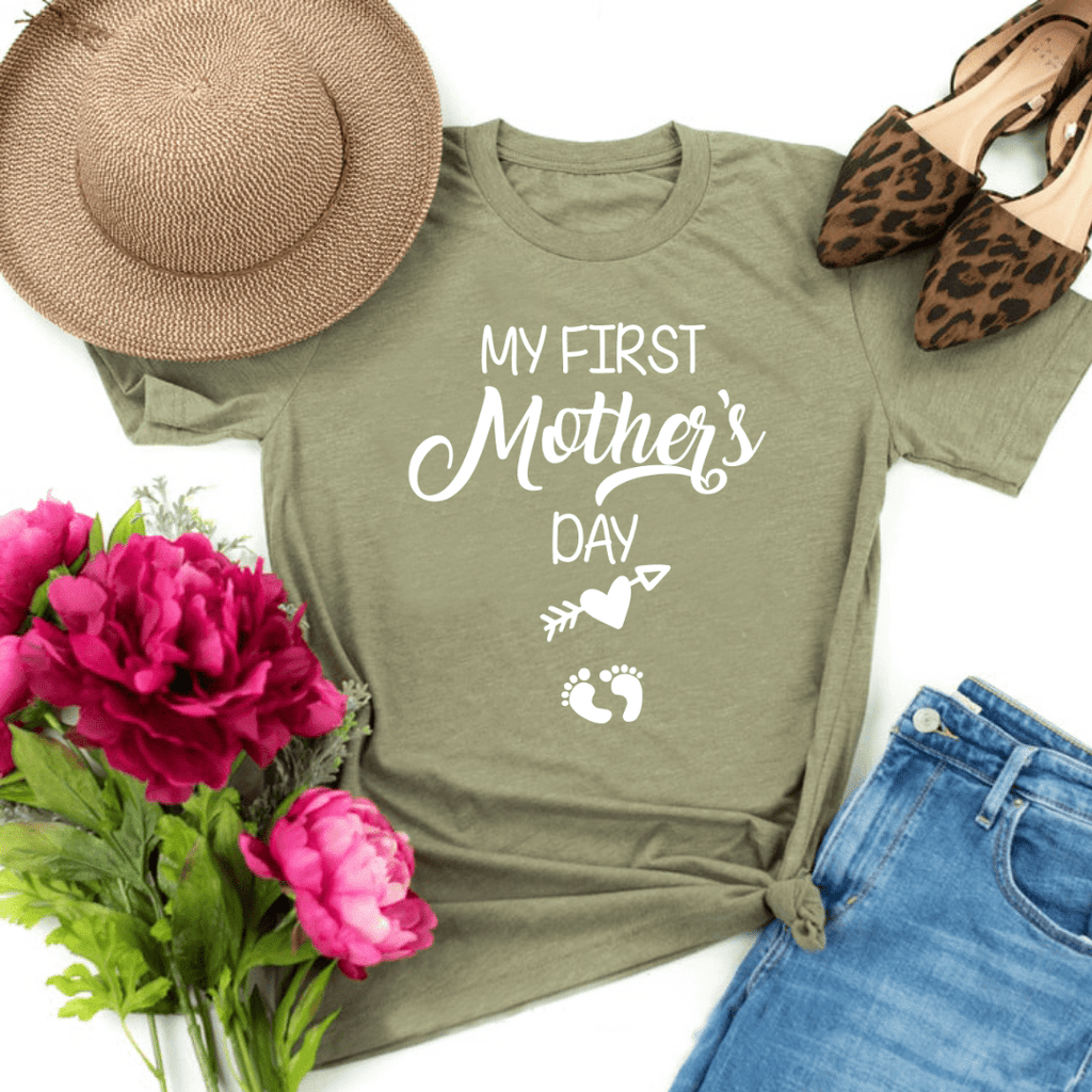 My First Mother Day Arrow Shirt First Mothers Day Shirt Mom to be Pregnancy Shirt Baby Shower Gift Pregnancy and Mommy to be Outfits