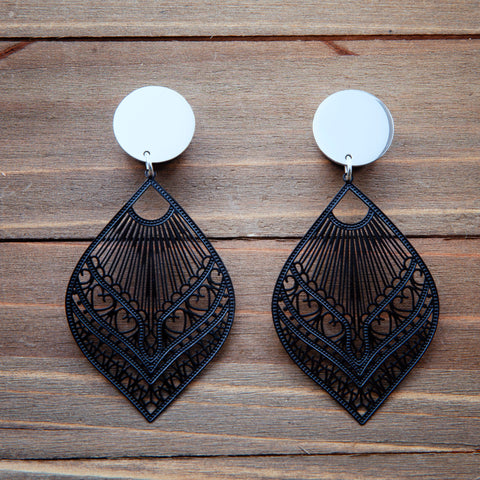 Black Stamped Metal Lace Dangle Plug Gauges 20g, 4g, 2g, 0g, 00g, 7/16, 1/2, 9/16, 5/8, 3/4
