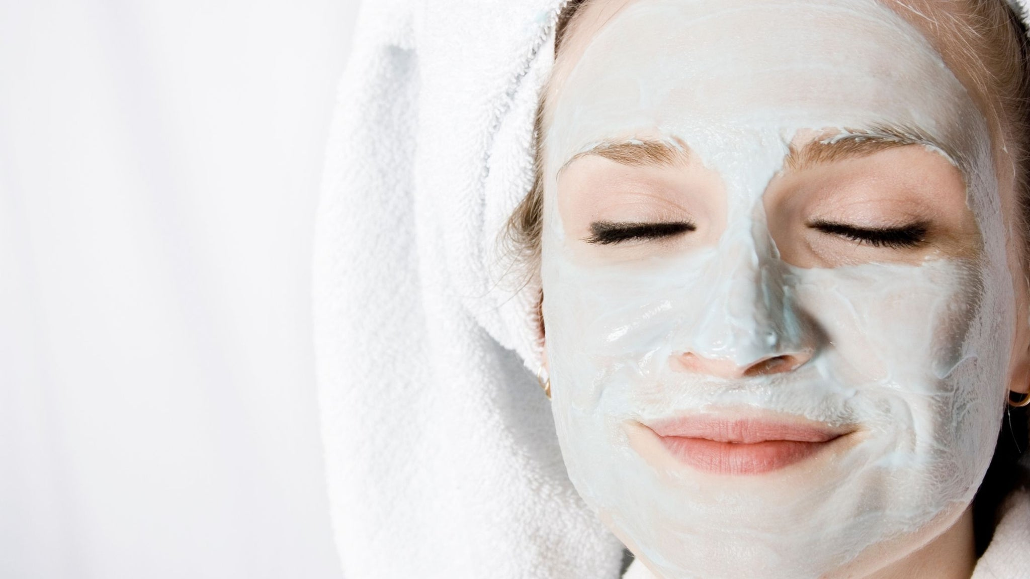 Struggling With Acne? Our Skin Specialist Edele Shares Her Top Tips