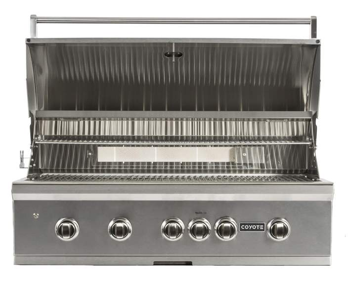 "Coyote Pro Series 42"" Package - Includes Grill, Cover, Briquettes, 2 Year Parts/Labor Warranty & Signature Grates"