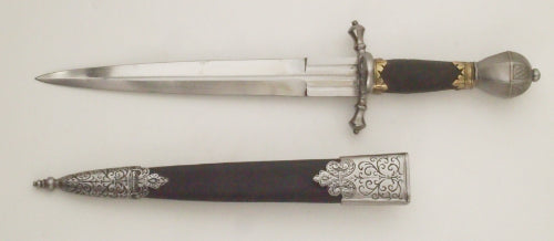 Elector of Saxony dagger with Fancy Parrying Dagger Scabbard