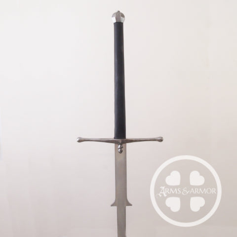Motante Trainer in steel, wood and leather by Arms & Armor Inc