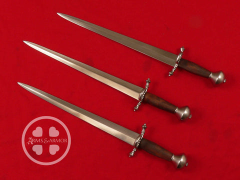 Daggers used by Jeff Bridges in the Seventh Son movie.