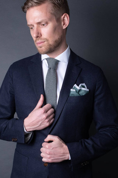 cotton-knitted-tie-with-square-tip-green-and-white-made-in-italy-combo-matching-pocket-square