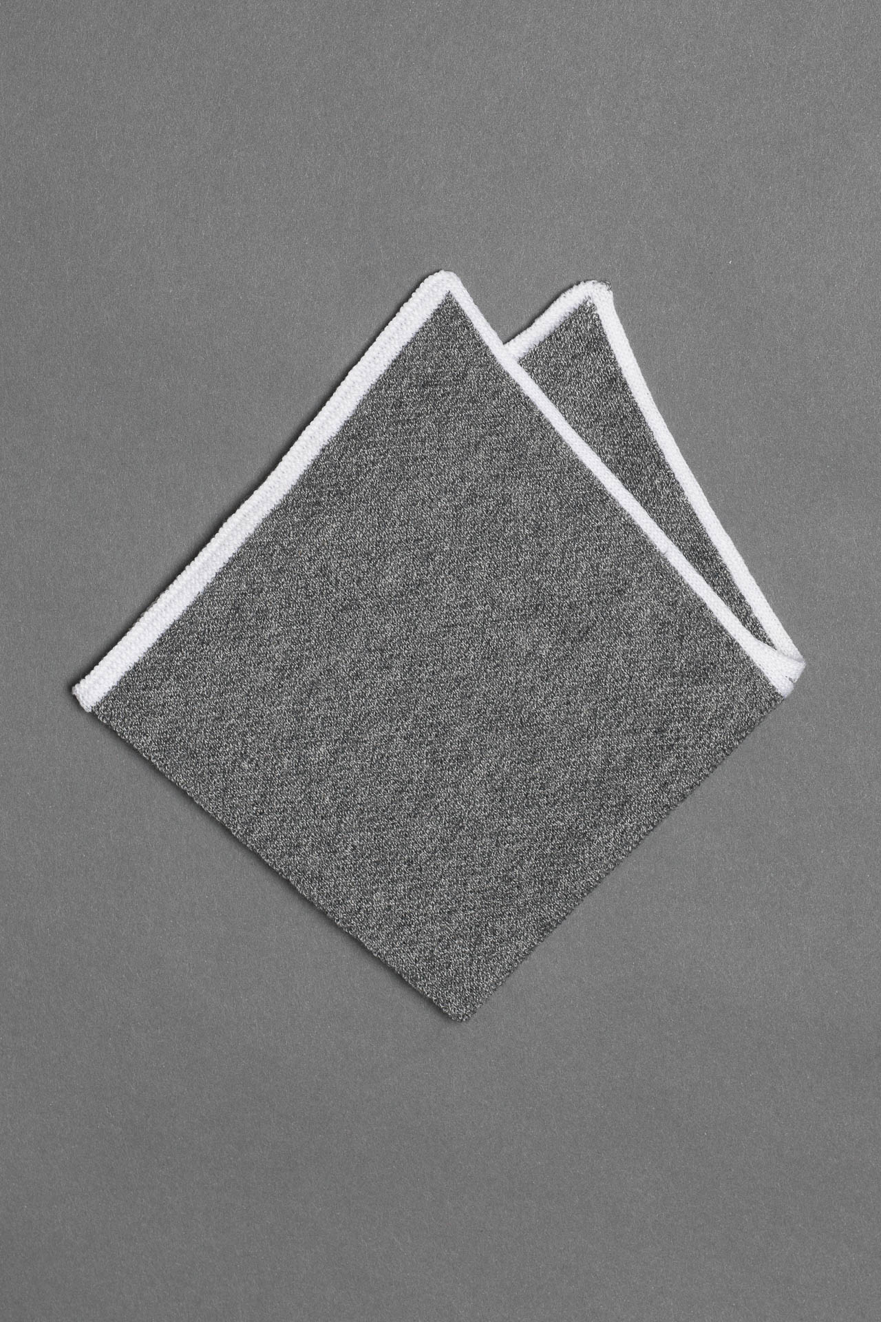 cotton-knitted-pocket-square-gray-made-in-italy