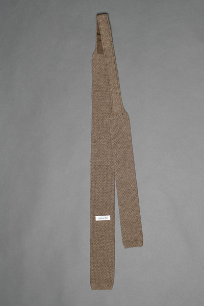 Brown-cotton-knitted-tie-with-square-tip-made-in-italy