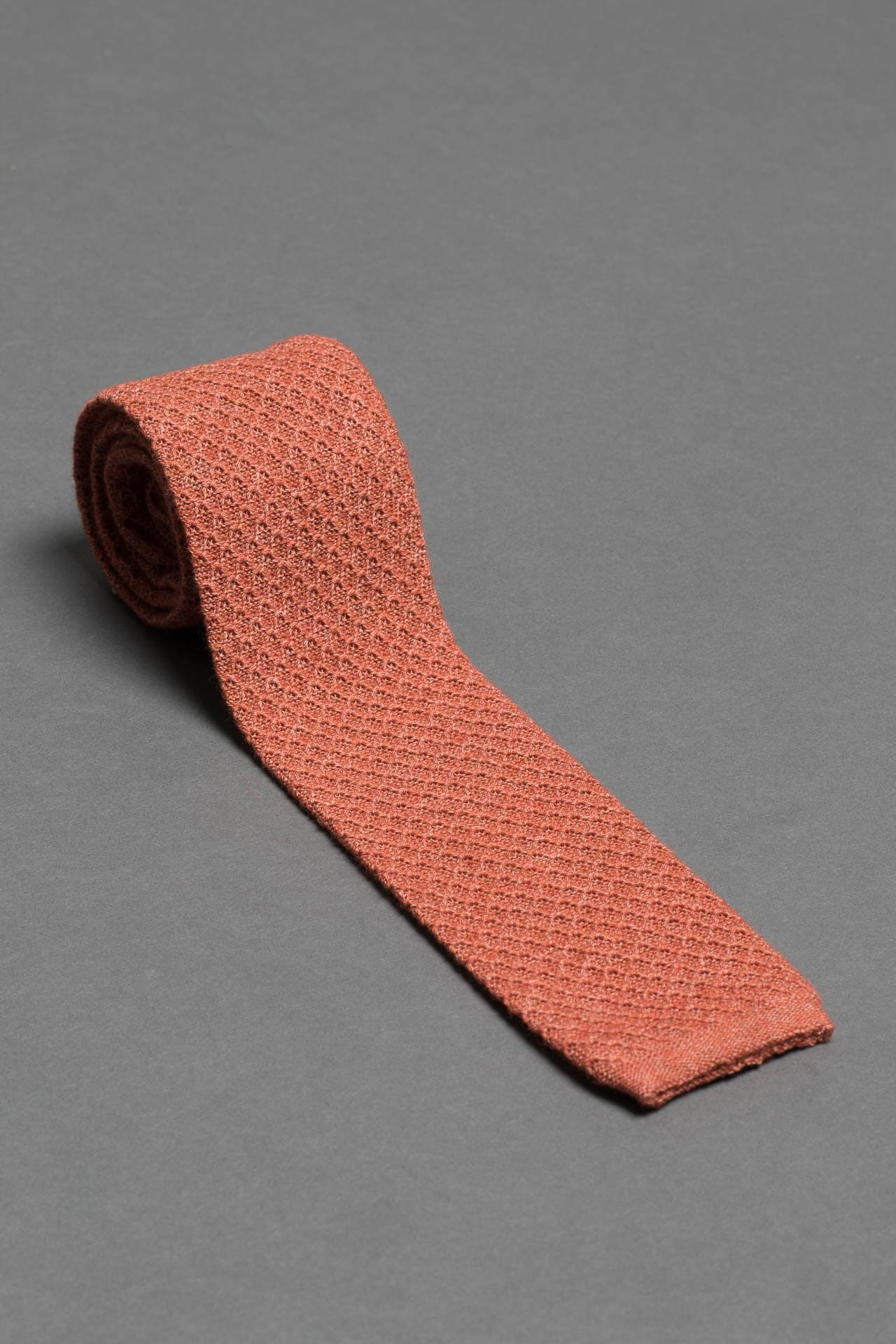 Copper-Orange-cotton-knitted-tie-with-square-tip-made-in-italy