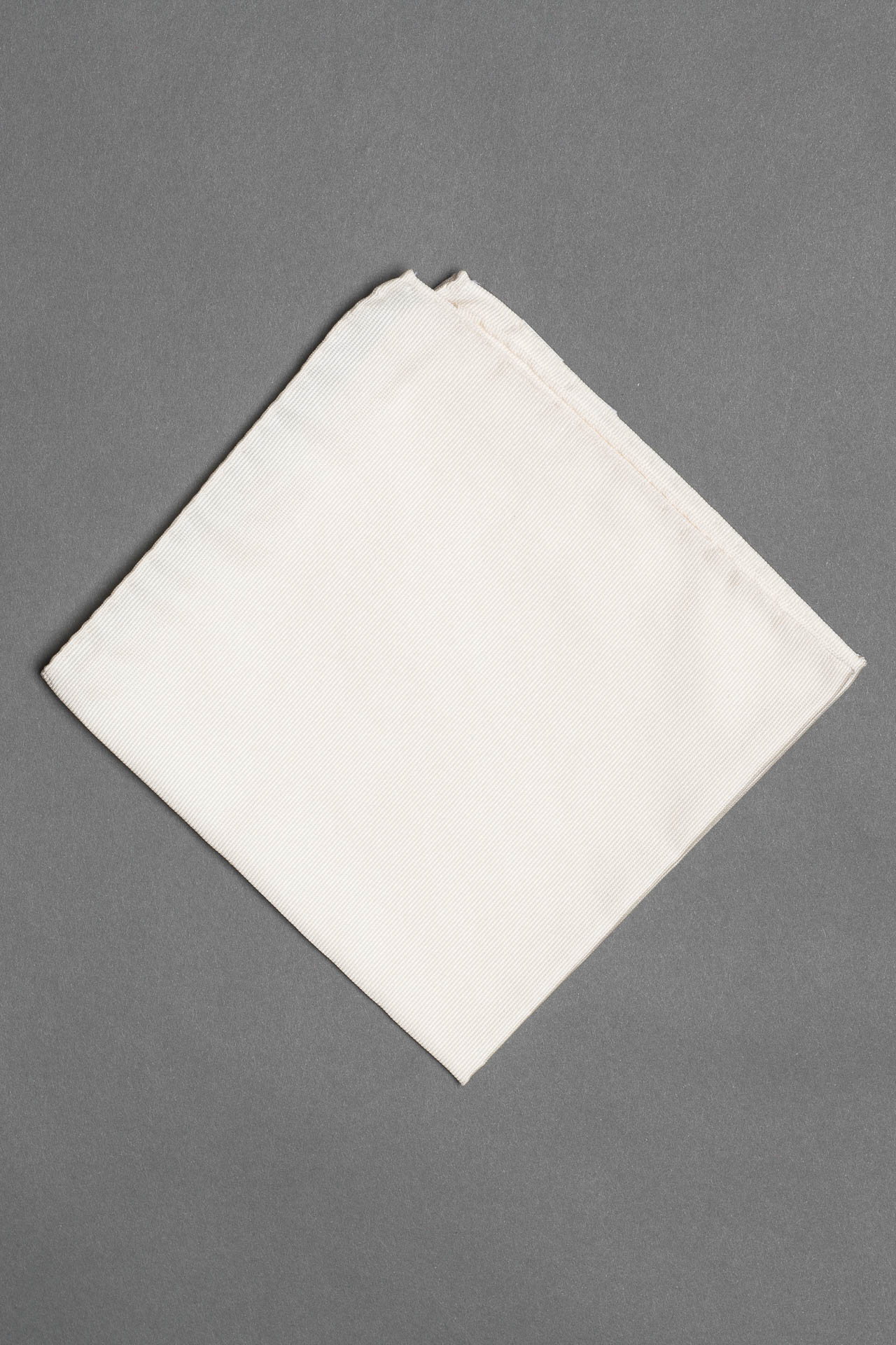 white-silk-woven-pocket-square-hand-rolled-formal-tuxedo-made-in-italy
