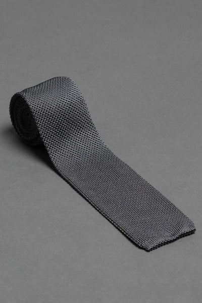 Gray-silk-knitted-tie-with-square-tip-made-in-italy