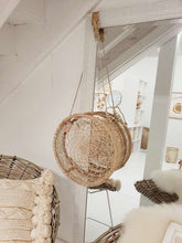 Load image into Gallery viewer, circle wall hanging basket