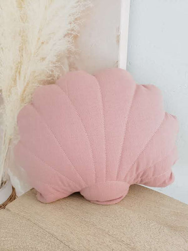 Shell pillow dusty pink