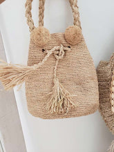 Load image into Gallery viewer, straw crochet bag